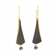 Orchid-earring-with-Sapphire